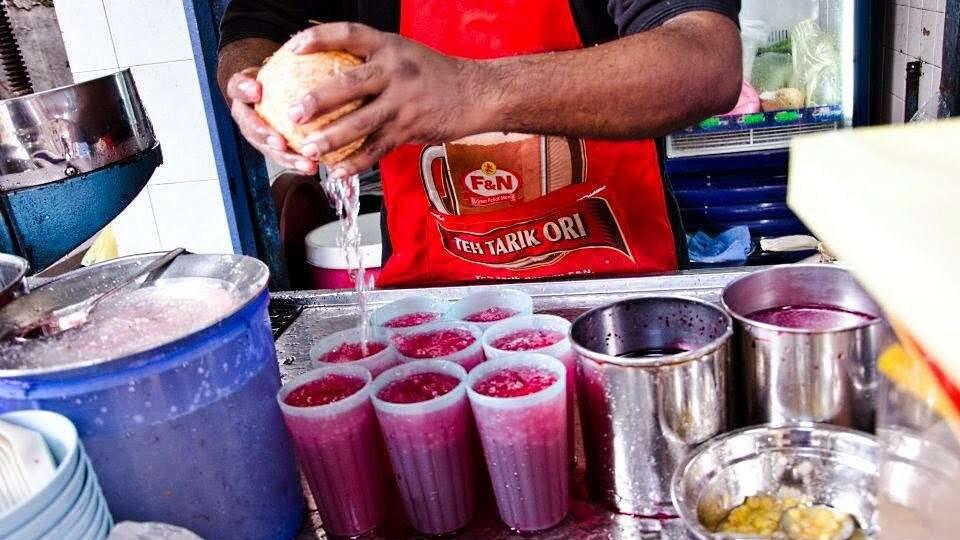 Ais Tingkap Taufique - minuman wajib cuba di pulau pinang