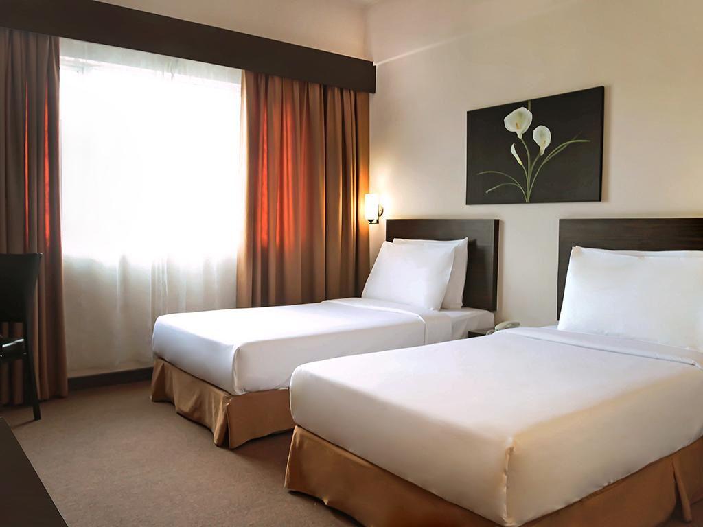bilik di summerview hotel kl