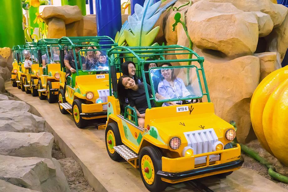botanic drive in berjaya times square theme park