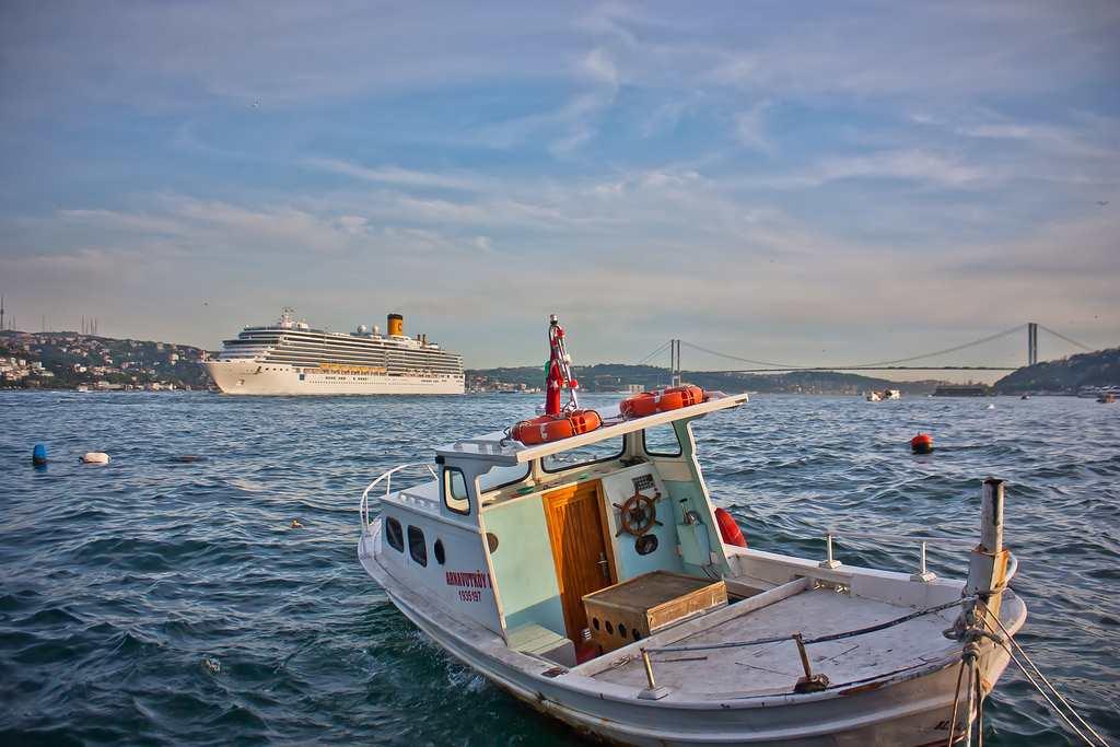 Bosphorus Cruise - tempat menarik untuk selfie/ bergambar di istanbul turki