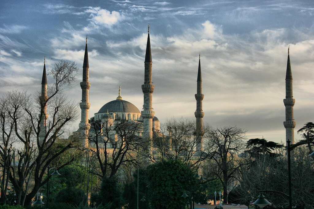Masjid Biru turki - tempat menarik & free di istanbul
