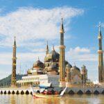Masjid Kristal - tempat menarik wajib terengganu