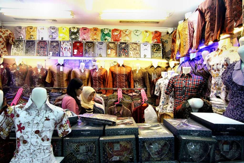 Pasar Baru Bandung -  tempat shopping best bandung nanti