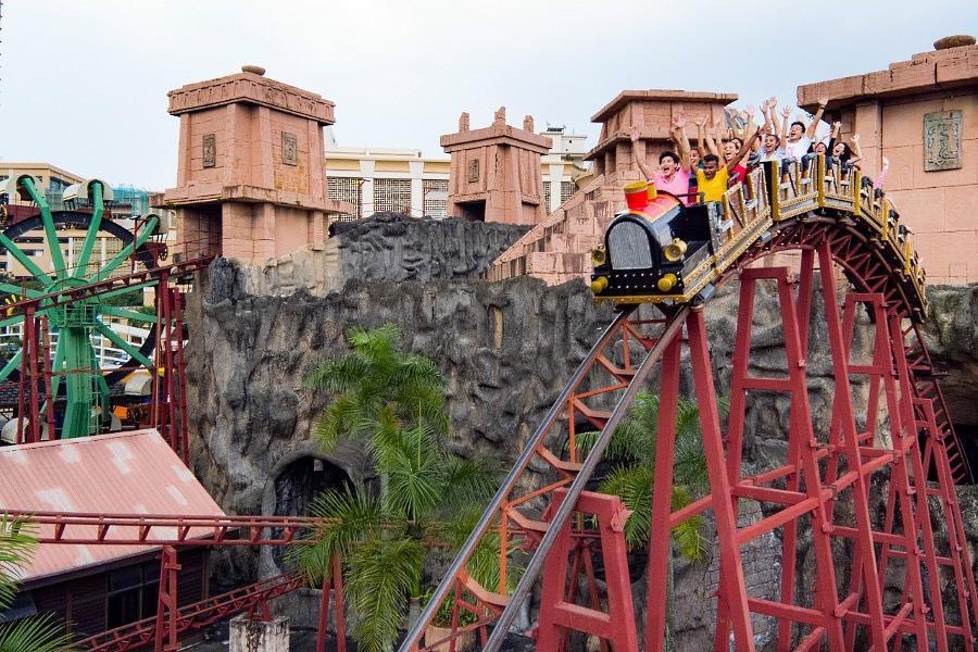 sunway lagoon roller coaster