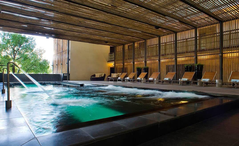 pool hotel maya
