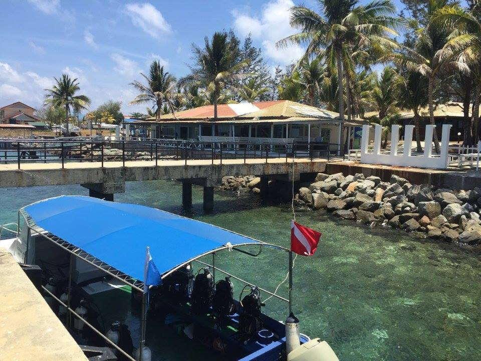 resort pulau layang layang