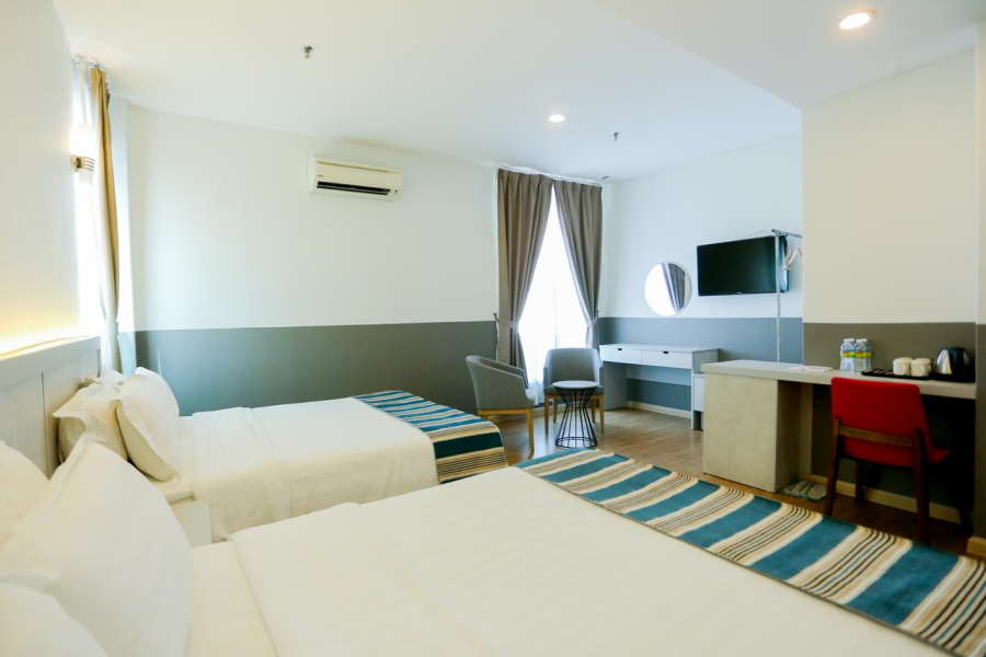 bilik di hotel bajet the xplorer melaka yang simple tapi selesa