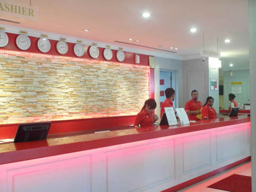 reception di hotel red rock pulau pinang