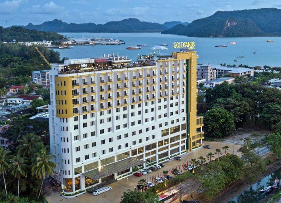 hotel goldsands di pekan kuah yang murah dan bagus untuk keluarga dan couple